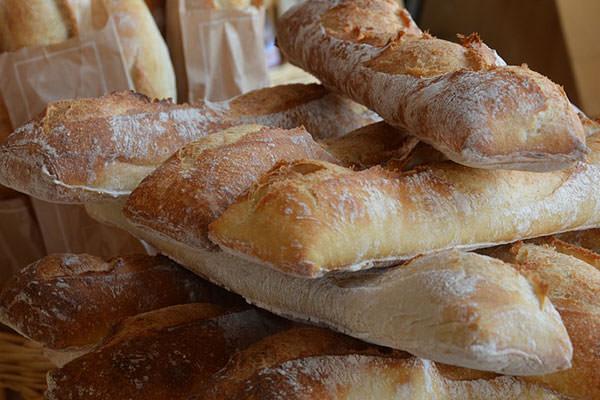 Distributeur de pain