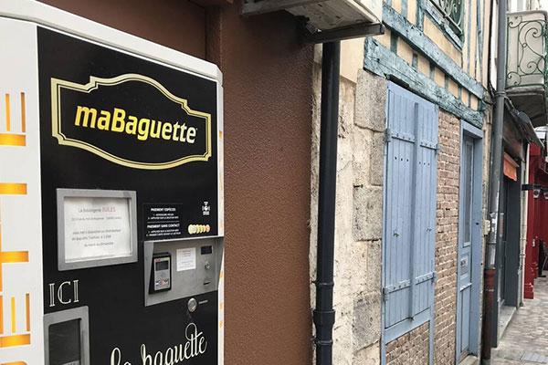 Distributeur de pain installé à Laval