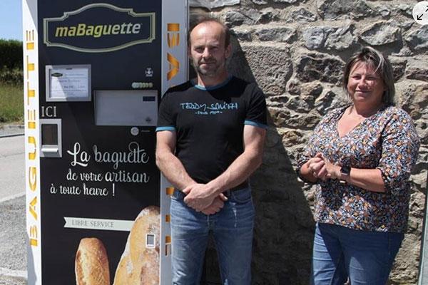 Distributeur automatique de baguettes de Jobourg par Ouest France